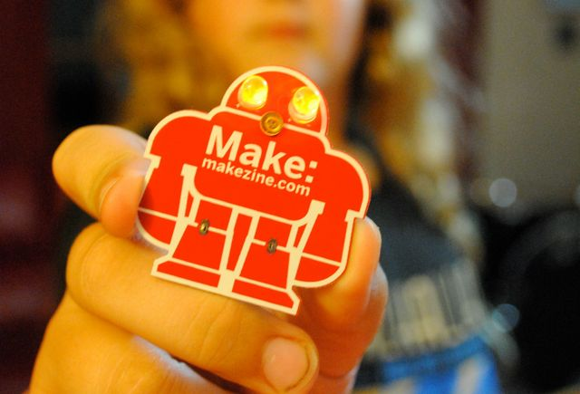 Makey-robot-learn-to-solder